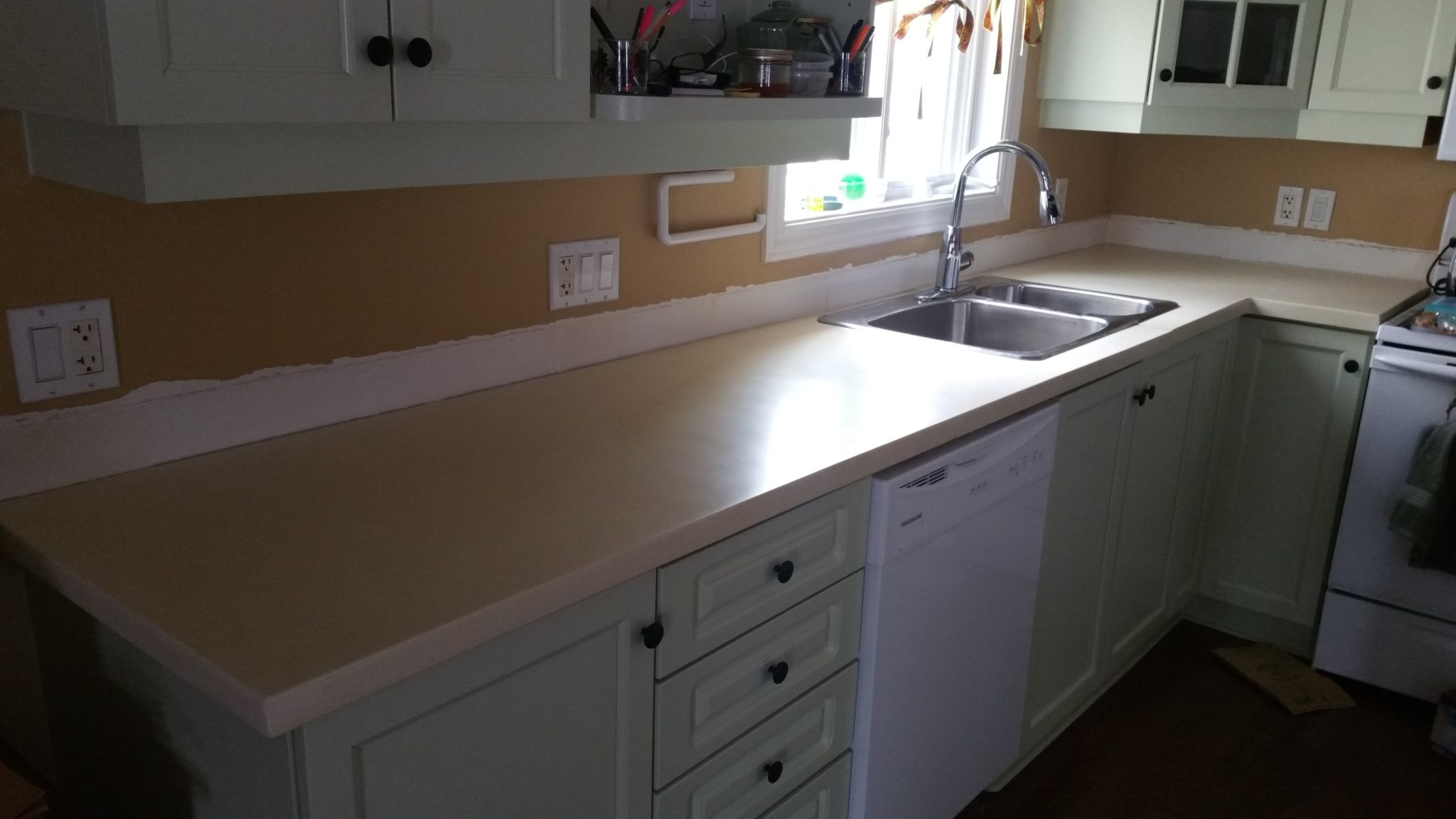 cream color concrete kitchen